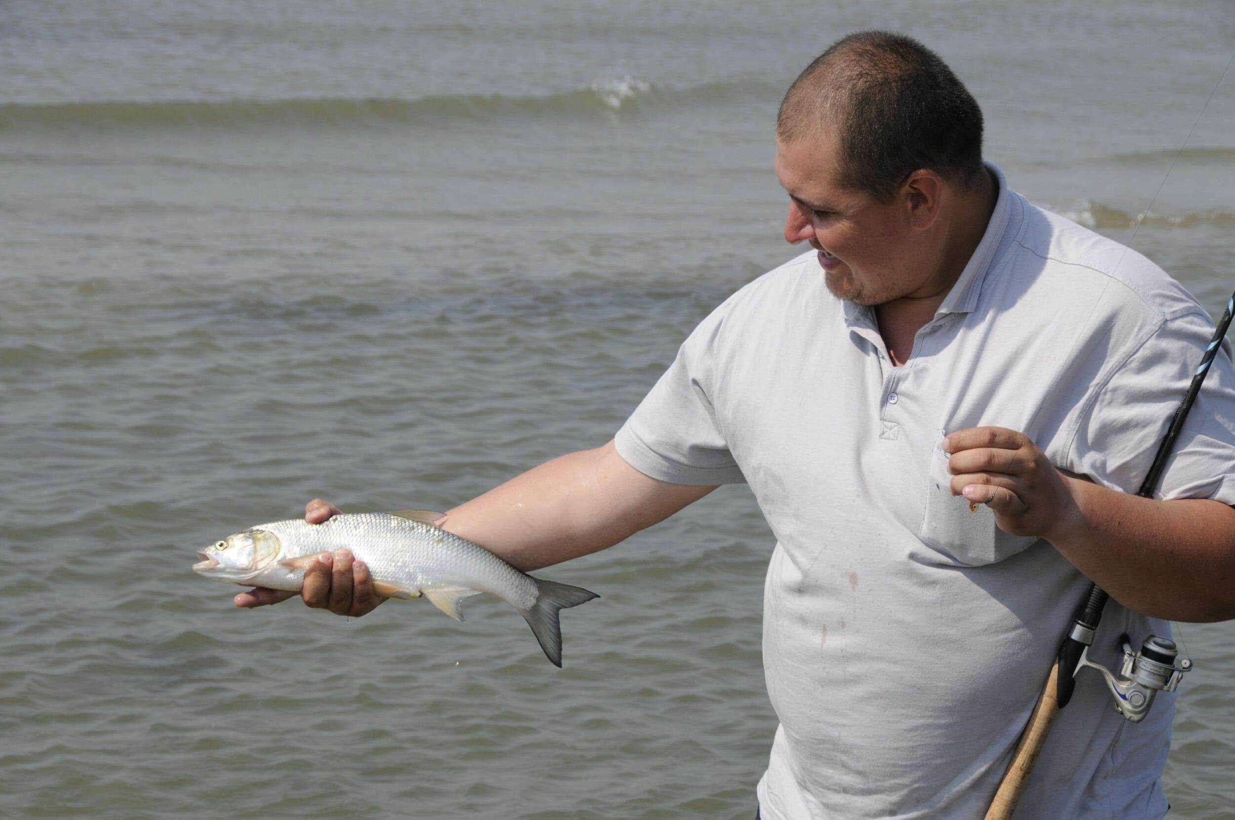 Pescuit la avat: 4 Super Pescari de răpitori si recomandarile lor de năluci pentru avat! 6